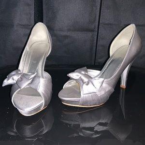 Grey/silver heels